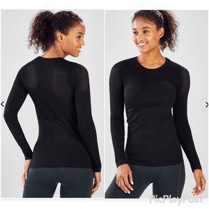 Fabletics Musetta Long Sleeves Top Black SZ.S NWOT